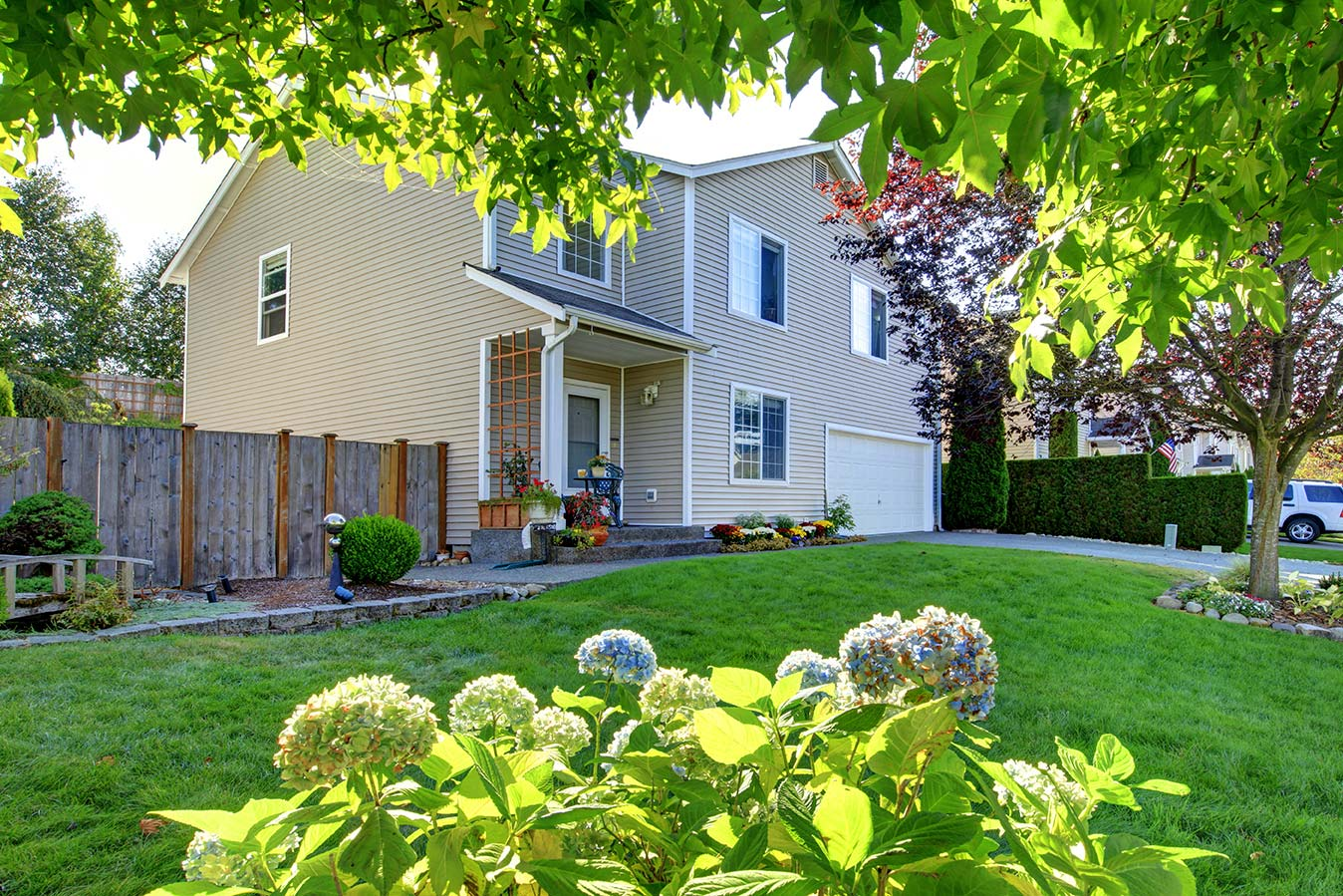 Nw family house with beautiful landscaping seen while preforming home inspection services